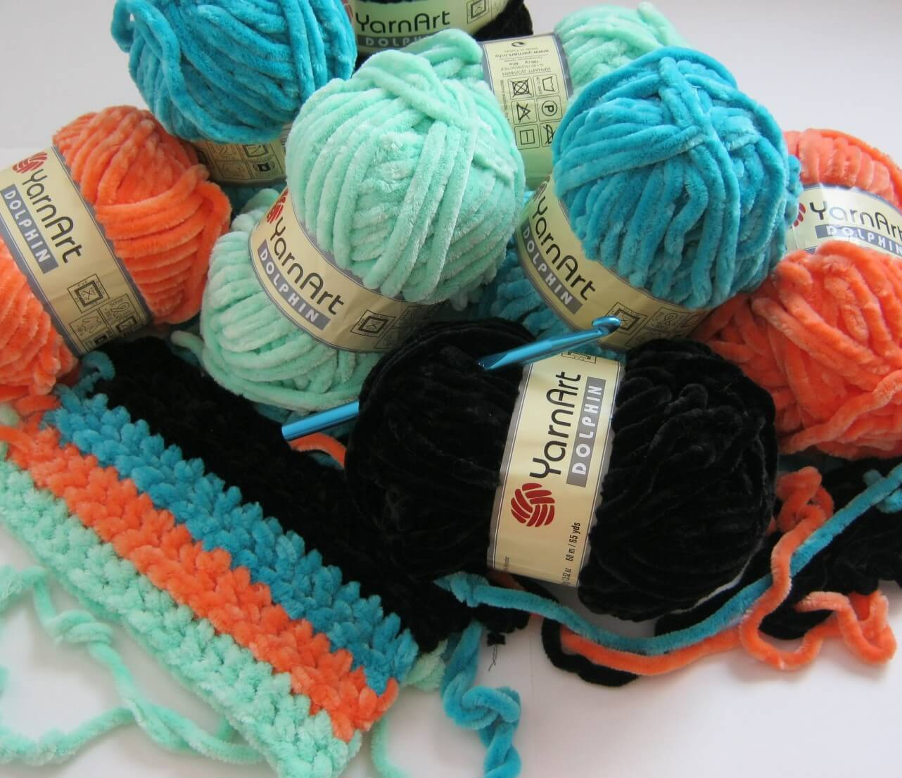 товары для вязания крючком от производителя по низким ценам