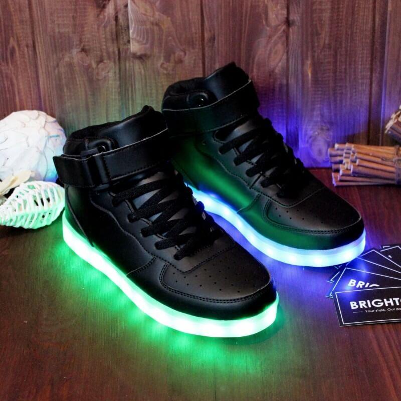 fac64756 Светящиеся кроссовки от производителя по низким ценам